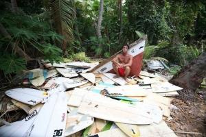 1000 surfboard graveyard tavarua island fiji gabriel medina joel parkinson jon jon florence owen wright broken snapped surfboards broke board 1